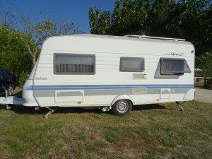 caravane-hobby-exclusive-495ufe-1